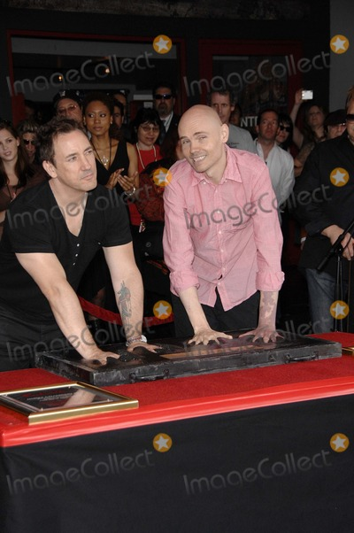 Billy Corgan, Jimmy Chamberlin, Smashing Pumpkins, The Smashing Pumpkins Photo - Jimmy Chamberlin and Billy Corgan During the Induction Ceremony For the Smashing Pumpkins Into Hollywood's Rockwalk, on April 23, 2008, in Los Angeles. Photo by Michael Germana-Globe Photos