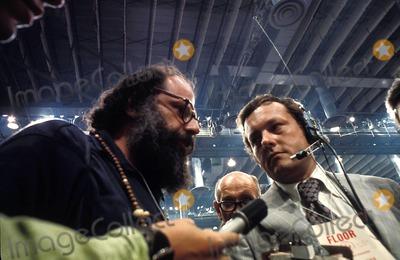 Allen Ginsberg Photo - Allen Ginsberg Democratic National Convention Miami, Florida. 1972 Photo: Tommy Noonan / Globe Photos Inc