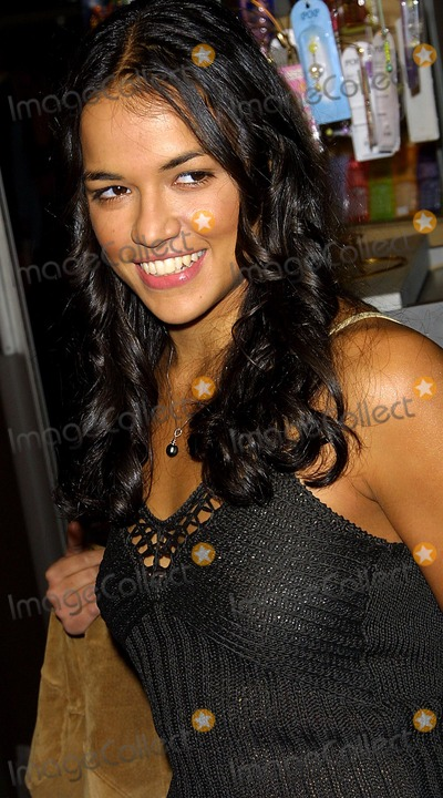 Photos And Pictures Michelle Rodriguez Resident Evil Premiere