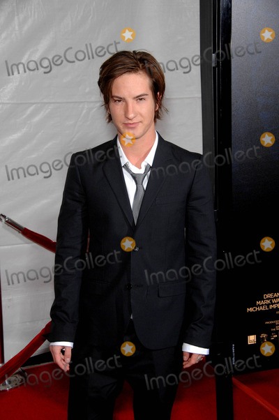 Andrew James Allen, James Allen, Andrew Allen, Grauman's Chinese Theatre Photo - Andrew James Allen During the Premiere of the New Movie From Paramount Pictures the Lovely Bones, Held at Grauman's Chinese Theatre, on December 7, 2009, in Los Angeles. Photo: Michael Germana - Globe Photos, Inc. 2009