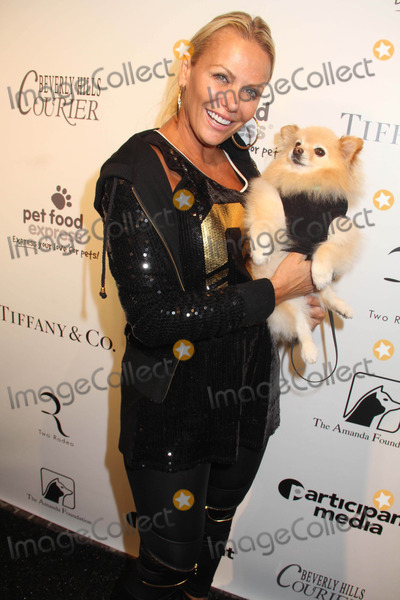 """Bow Wow Photo - the Amanda Foundation's 2014 Bow Wow Beverly Hills Halloween Rodeo Drive """"Night of the Living Dog!"""" Event Via Rodeo, Beverly Hills, CA 10/26/2014 Cindy Rocker Clinton H. Wallace/Globe Photos Inc"""