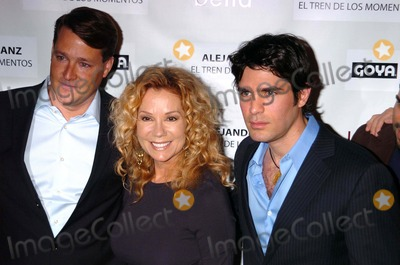 "Kathie Lee Gifford, Alejandro Sanz, Kathy Lee, Kathy Lee Gifford, Kathie Lee-Gifford, Eduardo Verastegui, Grammy Awards, Kathie Lee Photo - PEOPLE EN ESPANOL & THE SMITHSONIAN LATINO CENTER HONOR THE SUCCESS OF INDEPENDENT FILM ""BELLA"", AND ""EL TREN DE LOS MOMENTOS"" TOUR BY 15 TIME GRAMMY AWARD WINNER ALEJANDRO SANZ.