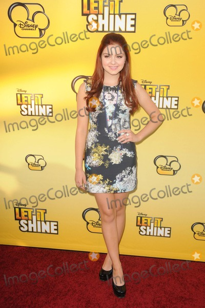 """Ariel Winter Photo - Ariel Winter attending the Los Angeles Premiere of """"Let It Shine"""" Held at the Directors Guild of America in Hollywood, California on June 5, 2012 Photo by: D. Long- Globe Photos Inc."""