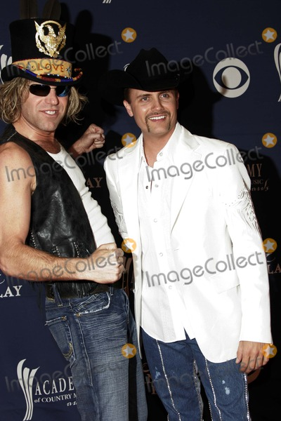 Big & Rich, Big Rich, Big Kenny, John Rich Photo - Big & Rich (Big Kenny and John Rich) - 40th Academy of Country Music Awards - Arrivals - Mandalay Bay Casino,las Vegas, CA - 05-17-2005 - Photo by Nina Prommer/Globe Photos Inc2005 -