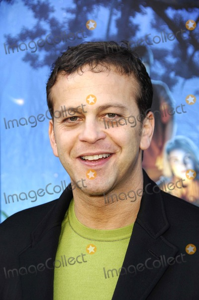 Aaron Zigman, Walt Disney Photo - LOS ANGELES, CA FEBRUARY 03, 2007  Composer Aaron Zigman during the premiere of the new movie from Walt Disney Pictures and Walden Media BRIDGE TO TERABITHIA, held at the El Capitan Theatre, on February 3, 2007, in Los Angeles.PHOTO BY MICHAEL GERMANA-GLOBE PHOTOSK51642MGE