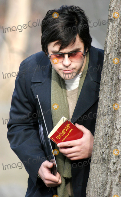 """Jared Leto, John Lennon Photo - Filming of """" Chapter 27 """" Story of Mark David Chapman and the Day Leading to the Murder of John Lennon in Central Park , New York City 01-17-2006 Photo by John Barrett-Globe Photos,inc. Jared Leto"""