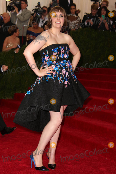 Lena Dunham Photo - The Metropolitan Museum of Art Costume Institute Gala Celebrating the Opening of Charles James:beyond Fashion May 5, 2015 Metropolitan Museum of Art, NYC Lena Dunham