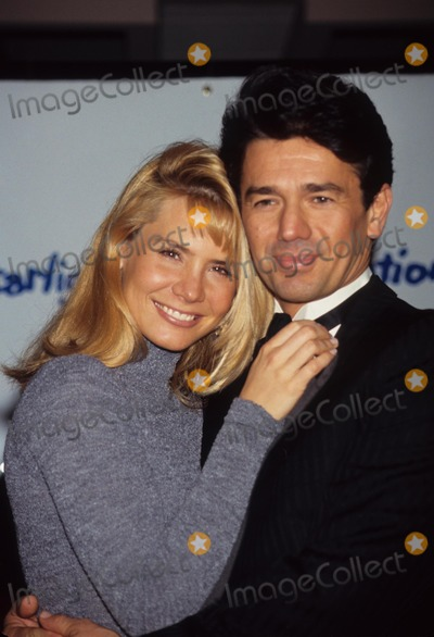 Adrian Zmed Photo - Susan Wood with Adrian Zmed Starlight Found. Gala 1995 Photo by Walter Weissman-Globe Photos, Inc.