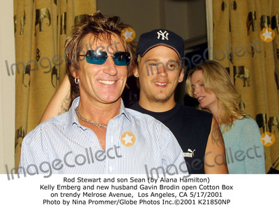 Rod Stewart, Alana Hamilton, Kelly Emberg Photo - Rod Stewart and Son Sean (by Alana Hamilton) Kelly Emberg and New Husband Gavin Brodin Open Cotton Box on Trendy Melrose Avenue, Los Angeles, CA 5/17/2001 Photo by Nina Prommer/Globe Photos Inc.2001
