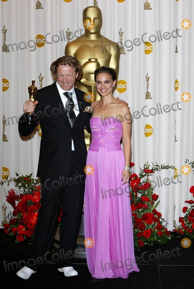 Anthony Dod Mantle, Natalie Portman, DOD MANTLE Photo - Anthony Dod Mantle, Natalie Portman Cinematographer, Actress the 81st Annual Academy Awards (Oscars) Press Room Held at the Kodak Theatre in Hollywood California 02-22-2009 Photo by Kurt Krieger-allstar-Globe Photos, Inc.