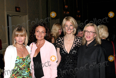 Ann McNally, Paula Zahn, Diane Von Furstenberg, Anne McNally, Christopher Reeve Photo - 19 May 2003  New York  Ann McNally (left), Diane von Furstenberg-Award Recipient (2nd from left), Paula Zahn-Emcee (3rd from left), and Valerie Steel-Award Recipient (right) gather for photo opt before sitting down for dinner at The 25th AAFA American Image Awards, benefiting The Christopher Reeve Paralysis Foundation.  Held at the Grand Hyatt Hotel  Photo Credit:  Anthony G. Moore/Globe Photos 