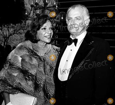 Art Carney Photo - Academy Awards / Oscars Art Carney and His Wife 1975 #1899 Nate Cutler/Globe Photos, Inc.