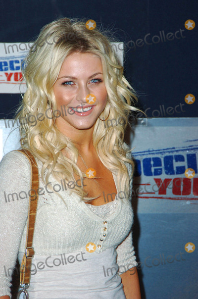 Julianne Hough, Wallis Annenberg Photo - Julianne Hough During the Declare Yourself Hollywood Celebrates 18 Party Held at the Wallis Annenberg Center For the Performing Arts on 09-27-2007 , in Beverly Hills. Photo: Jenny Bierlich - Globe Photos, Inc.