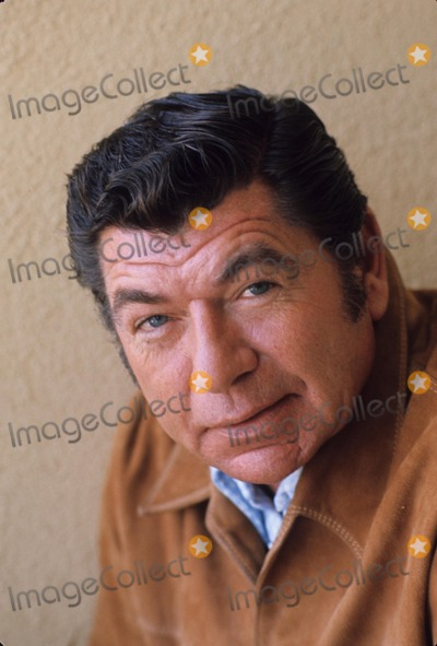 claude akins native american