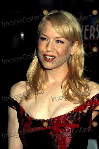 Renee Zellweger, Cinderella, Rene Zellweger Photo - Cinderella Man World Premiere at the Gibson Amphitheatre, Universal City Walk Hollywood, CA. 05-23-2005 Photo: Phil Roach-ipol-Globe Photos Inc. 2005 Renee Zellweger