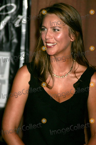 Lara Logan, Gracie Allen Photo - American Women in Rdaio and Television (Awrt). to Honor a Host of Celebrities From Broadcast and Cable at the 2004 Gracie Allen Awards at the New York Hilton in New York City 06/22/2004 Photo: Rick Mackler/ Rangefinders/Globe Photos, Inc 2004 Lara Logan