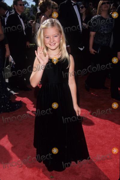Madylin Sweeten Photo - Madylin Sweeten 1999 51st Emmy Awards Shrine Auditorium Los Angeles K16535fb Photo by Fitzroy Barrett-Globe Photos, Inc.