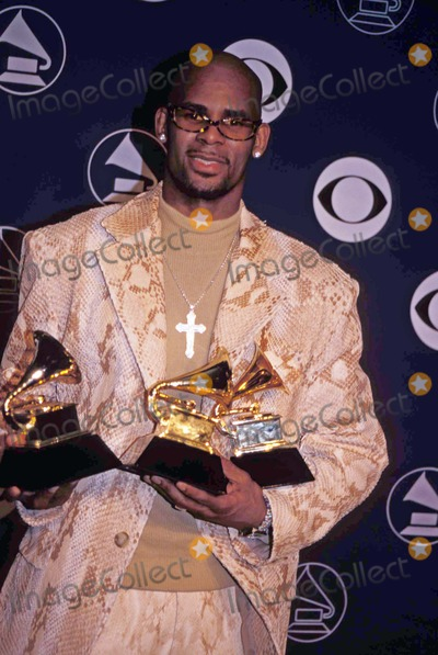 Photos and Pictures - 1998 Grammy Awards at Radio City New