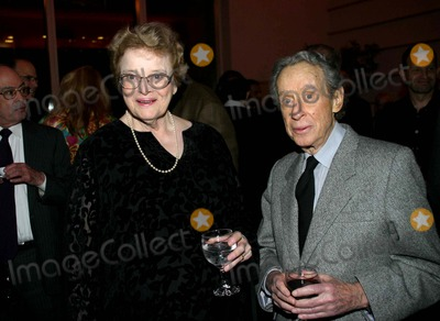 Arthur Penn Photo - the New York Academy of Motion Picture Arts and Science Salutes Dede Allen 11-07-2006 Photo: Barry Talesnick / Ipol / Globe Photos Inc 2006 Dede Allen and Arthur Penn