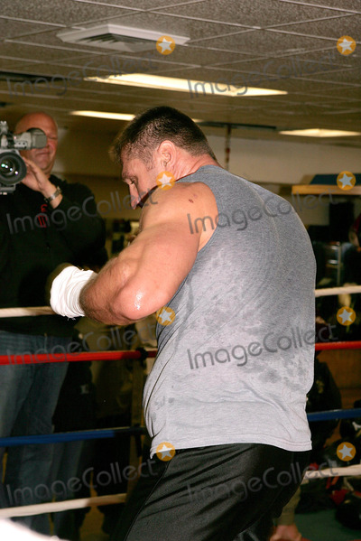 """Andrew Golata, Train Photo - Andrew """"Powerful Pole"""" Golata's Sparring Session As He Trains For His Fight Against John """"the Quiet Man"""" Riuz. (the Fight Is to Take Place Saturday, November 13th) New York City. 11/08/2004 Photo: Rick Mackler / Rangefinders / Globe Photos Inc"""