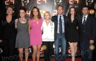 """Cherry Jones, Elisha Cuthbert, Kiefer Sutherland, Mary Lynn Rajskub, Sprague Grayden, Carlos Bernard, Mary-Lynn Rajskub, Carlo Bernard Photo - """"24"""" Season Seven Finale and DVD Release Party at the Wadsworth Theater in Los Angeles, CA  05-12-2009  Photo by James Diddick-Globe Photos @ 2009CHERRY JONES, SPRAGUE GRAYDEN, MARY LYNN RAJSKUB, ELISHA CUTHBERT, KIEFER SUTHERLAND, ANNIE WERSHING and CARLOS BERNARDK62010JDI"""