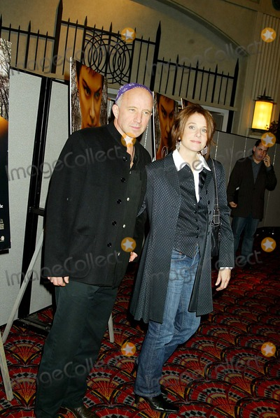 """Debra Winger, Arliss Howard Photo - New York Premiere Screening of """"Birth"""" at Loews Lincoln Square in New York City 10/26/2004 Photo by: Sonia Moskowitz/Globe Photos Inc 2004 Debra Winger and Her Husband, Arliss Howard"""