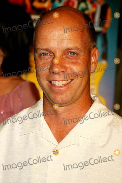 "Scott Hamilton Photo - ""Dirty Deeds"" World Premiere at the Directors Guild of America, Hollywood, CA 08-23-2005 Photo: Clinton H.wallace-photomundo-Globe Photos Inc Scott Hamilton"