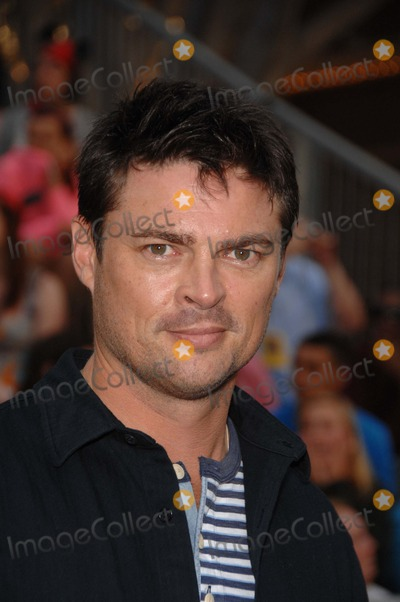 Karl Urban, Walt Disney Photo - Karl Urban During the Premiere of the New Movie From Walt Disney Pictures Pirates of the Caribbean: on Stranger Tides, Held at Disneyland, on May 7, 2011, in Anaheim, california.photo: Michael Germana  - Globe Photos, Inc. 2011