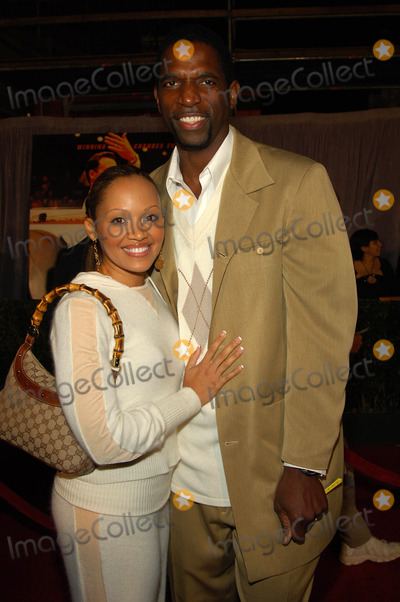 A.C. Green Photo - the World Premiere of Glory Road,at the Pantages Theatre,hollywood Ca.01-05-06 Photo:david Longendyke-Globe Photos Inc. 2006 Image: A.c. Green,wife
