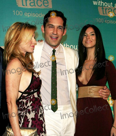 Photos And Pictures Poppy Montgomery Enrique Murciano And Roselyn