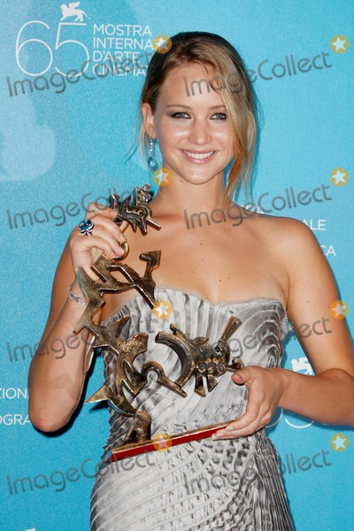 Jennifer Lawrence Photo - 2008 Venice Film Festival, Awards Photocall, Venice, Italy 09-06-2008 Photo by Graham Whitby Boot-allstar-Globe Photos, Inc2008 Jennifer Lawrence Wins, Coppa Volpi. Best Young Actor or Actress