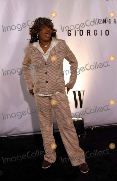 Giorgio Armani, Macy Gray Photo - Macy Gray - Rodeo Drive Walk of Style Honors Giorgio Armani with a Gala and an Award- Rodeo Drive, Beverly Hills, CA - 09/09/2003 - Photo by Nina Prommer/Globe Photos Inc 2003