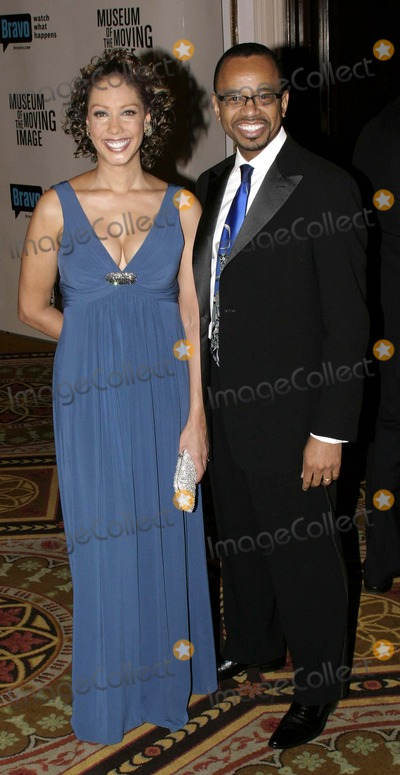 Joan Baker, Will Smith Photo - 03 December 2006 - New York, NY USA - Joan Baker and Guest attends as the Museum of the Moving Image salutes Will Smith.  This being the Museum's, 22nd annual gala held in the Grand Ballroom of the Waldorf-Astoria, which will air on Bravo 01/12/07.  Photo Credit:  Anthony G. Moore/Globe PhotosK50976AGM