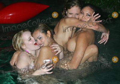 rock concert nude girls