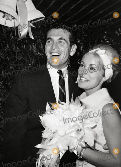 Janet Leigh Photo - Janet Leigh and Robert Brandt Wedding Photo: Nate Cutler/Globe Photos Inc