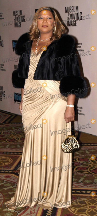 Latifah, Queen, Queen Latifah, Will Smith Photo - 03 December 2006 - New York, NY USA - Queen Latifah attends as the Museum of the Moving Image salutes Will Smith.  This being the Museum's, 22nd annual gala held in the Grand Ballroom of the Waldorf-Astoria, which will air on Bravo 01/12/07.  Photo Credit:  Anthony G. Moore/Globe PhotosK50976AGM