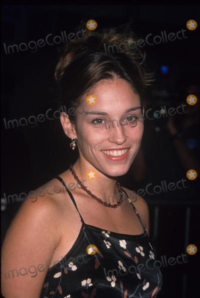 Amy Jo Johnson Photo - Amy Jo Johnson Without Limits Premiere in Ca. 1998 K13193lr Photo by Lisa Rose-Globe Photos, Inc.