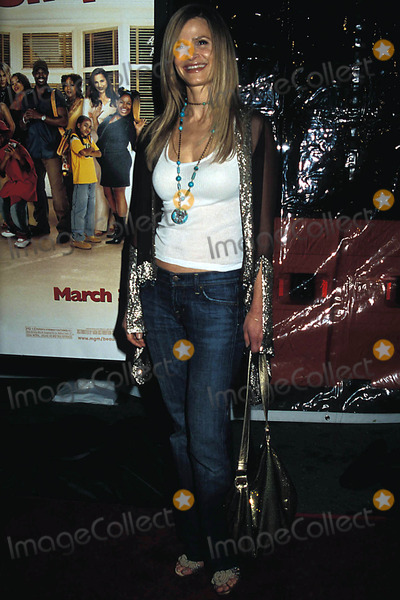 Kyra Sedgwick Photo - Beauty Shop Premiere, at Mann National Theater in Westwood, CA. 03-24-2005 Photo: Phil Roach-ipol-Globe Photos Inc. 2005 Kyra Sedgwick