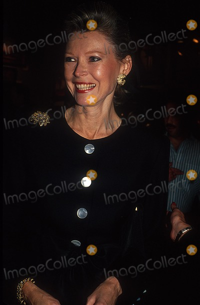 AUDREY GRUSS Photo - Audrey Gruss at Sotheby's Photo by Rose Hartman/Globe Photos, Inc.