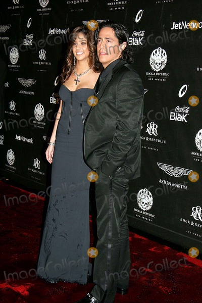 Michael Ball Photo - Rock and Republic's Fall 2006 Exhibition Sony Studios, Culver City, CA 03-20-2006 Photo: Clinton H. Wallace/photomundo/Globe Photos Michael Ball - Rock & Republic Founder and Eloisa Carvalho - Rock & Republic Official Model