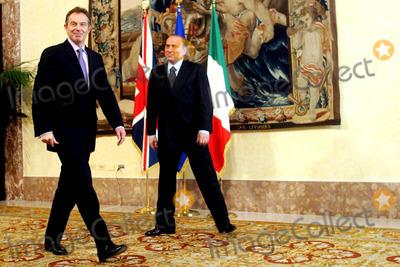 Tony Blair Photo - Rome Palazzo Chigi -Meeting Between Prime Ministers Silvio Berlusconi and Tony Blair 3/4/2004 Photo By:marco Merlini/lapresse/Globe Photos, Inc 2004