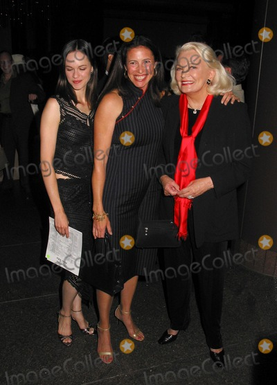 "Gena Rowlands, Mimi Rogers, Susan May Pratt Photo - : ""Charms For the Easy Life"" Premiere at the Directors Guild of America in Los Angeles 08/07/02 Photo by Milan Ryba/Globe Photos, Inc. 2002 Susan May Pratt, Gena Rowlands and Mimi Rogers"