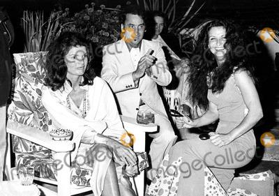 Kennedy, Jacqueline Kennedy Onassis, Jacqueline Kennedy Photo - Jacqueline Kennedy Onassis 1974 #27369 Kosmos Press/Globe Photos, Inc. Jacquelinekennedyonassisretro