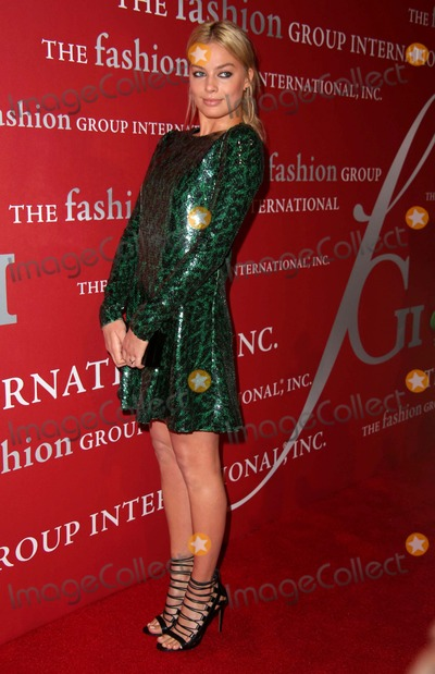 Margot Robbie Photo - The Fashion Group International's 31st Annual Night of Stars Cipriani Wall Street, NYC October 23, 2014 Photos by Sonia Moskowitz, Globe Photos Inc 2014 Margot Robbie