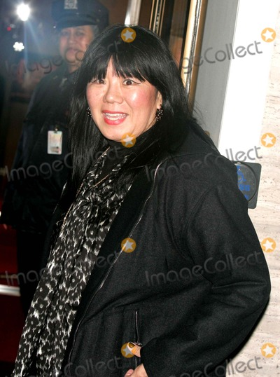 Amy Tan Photo - Arrivals at Alice Tully Hall For the Premiere of Curse of the Golden Flower Lincoln Center 11-27-2006 Photos by Rick Mackler Rangefinder-Globe Photos Inc.2006 Amy Tan