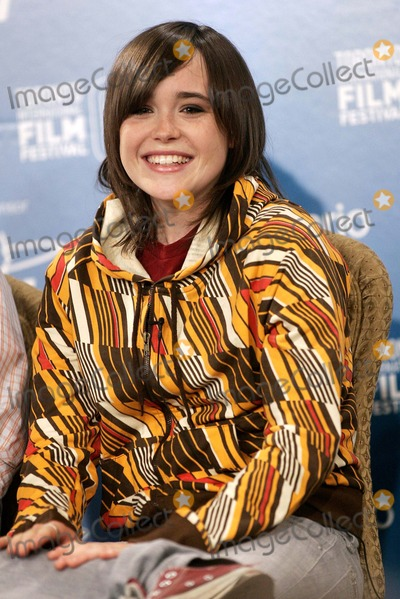 """Ellen Page Photo - Actress Ellen Page at the Press Conference of the Film """"Juno"""" at the Toronto International Film Festival in Toronto, Canada, at Hotel Sutton Place on September 8th, 2007. Photo by Alec Michael-Globe Photos,inc."""