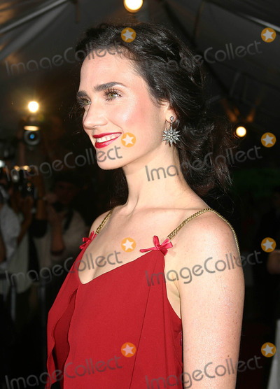 """Jennifer Connelly Photo - World Premiere of """"Dark Water"""" at the Clearview Chelsea West Cinema, New York City 06-27-2005 Photo by Mitchell Levy-rangefinder-Globe Photos,inc. Jennifer Connelly"""