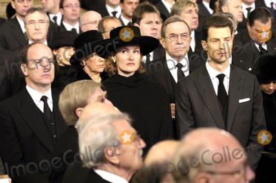 Prince, Prince Albert, Albert de Monaco Photo - Funeral of Grande Duchesse Josephine Charlotte DE Luxembourg. 01-15-2005 Albert DE Monaco, Sybille Et Guillaume DE Luxembourg O.medias Le 15 / 01 / 05.