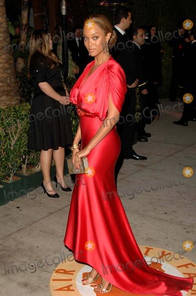Tyra Banks Photo - 79th Annual Academy - Oscar Awards Vanity Fair Party at Morton's , Los Angeles CA. 02-25-2007 Photo by Dave Longendyke-Globe Photos, Inc. 2007 Tyra Banks