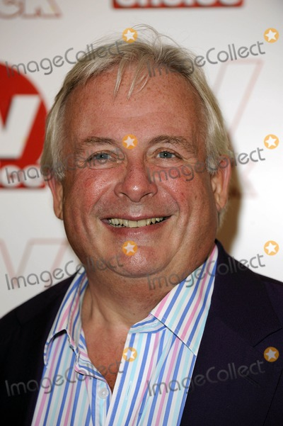 Christopher Biggins Photo - Christopher Biggins Actor 2009 Tv Quick and Tv Choice Awards at Dorchester Hotel in Park Lane , London , England 09-07-2009 Photo by Neil Tingle-allstar-Globe Photos, Inc.